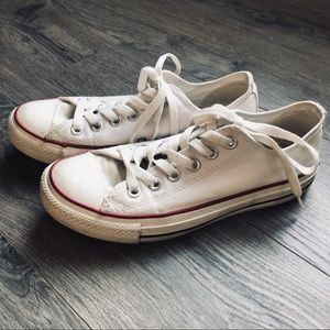 Low top converse chuck taylor all star | size 7